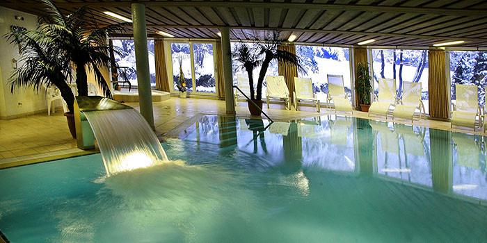 hotel sch ne aussicht in hornberg niederwasser im schwarzwald hotel wellnesshotel. Black Bedroom Furniture Sets. Home Design Ideas