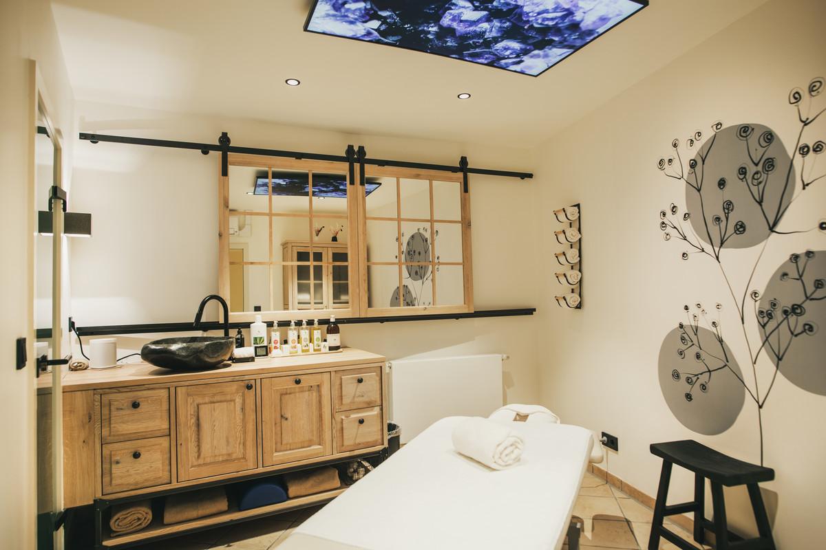 hotel lauterbad in freudenstadt lauterbad im schwarzwald hotel ferienwohnungen wellnesshotel. Black Bedroom Furniture Sets. Home Design Ideas