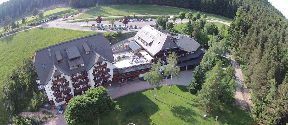 kontaktformular hotel sch ne aussicht in hornberg niederwasser im schwarzwald hotel. Black Bedroom Furniture Sets. Home Design Ideas