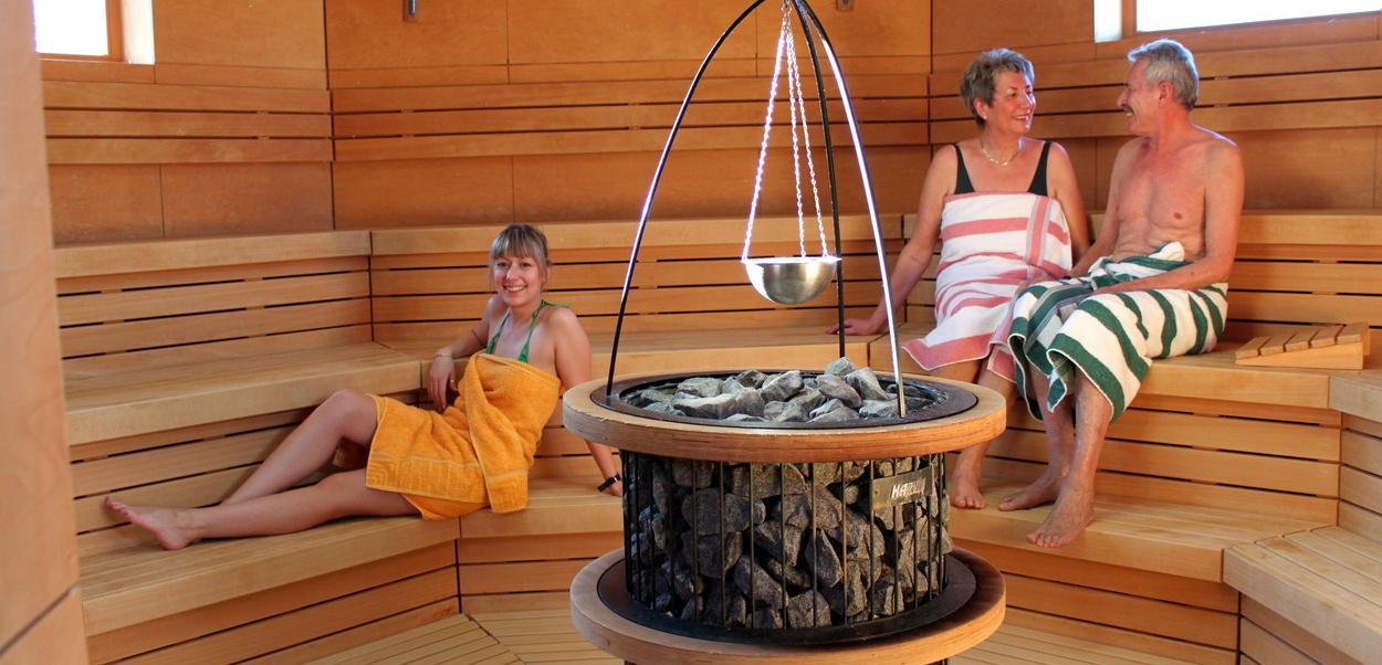 aqualon therme in bad s ckingen im schwarzwald. Black Bedroom Furniture Sets. Home Design Ideas