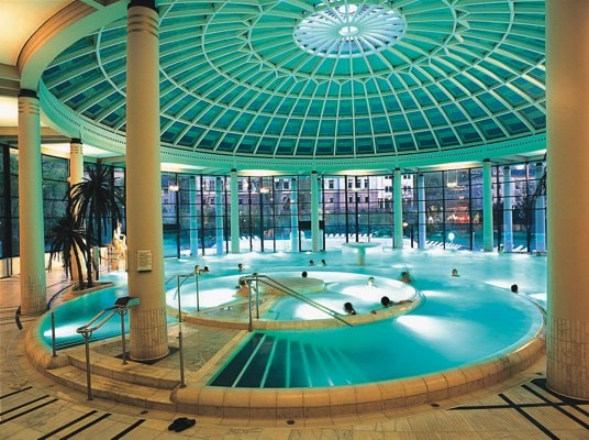 bade baden therme